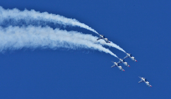 USAF Thunderbirds, Atlantic City, NJ August 2009